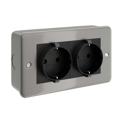 Metal clad box with double Schuko socket for Creative-Tube