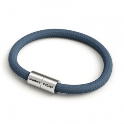 Bracelet with Matt silver magnetic clasp and RC30 cable